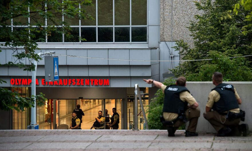 Police officers respond to a shooting at the Olympia Einkaufzentrum (OEZ) at July 22, 2016 in Munich, Germany. (Joerg Koch/Getty Images)