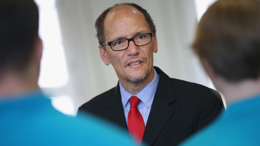 U.S. Labor Secretary Thomas Perez on a 2014 visit to the Siemens training facility in Berlin.