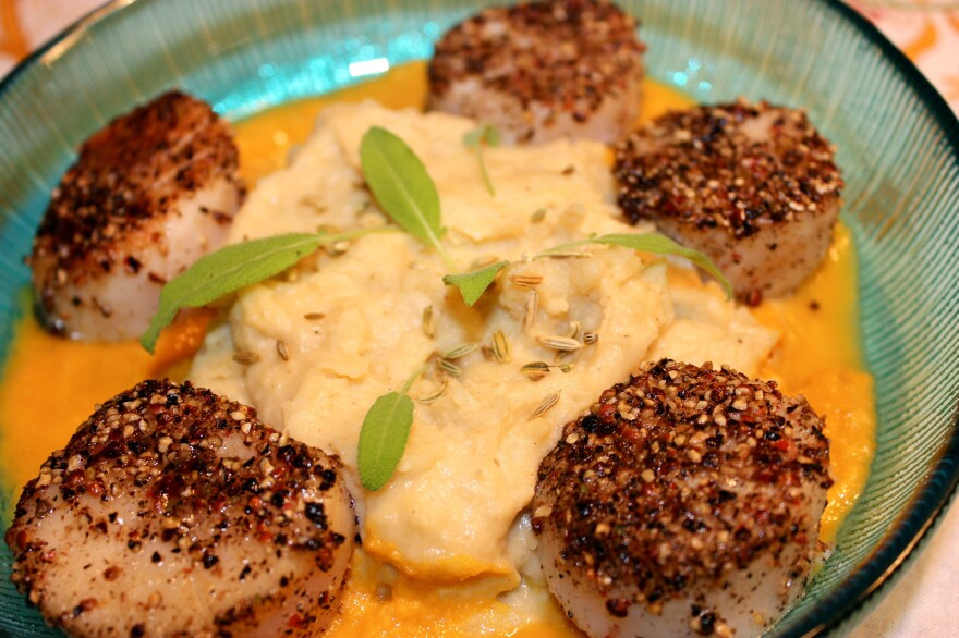 Pepper-Crusted Diver Scallops With Carrot Vanilla Emulsion