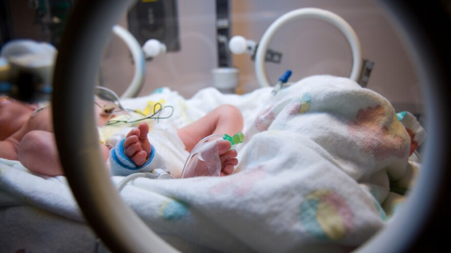 How much oxygen should severely premature infants receive? A study that sought to answer the question has been criticized for not fully informing parents about the risks to their children.