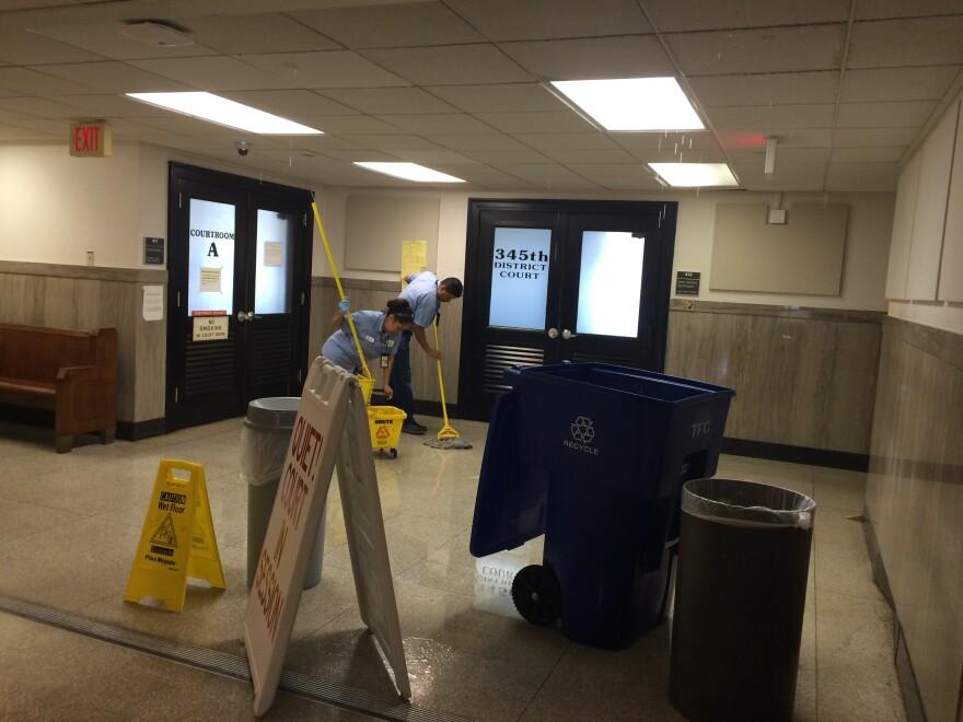 4th_floor_water_leak.jpg
