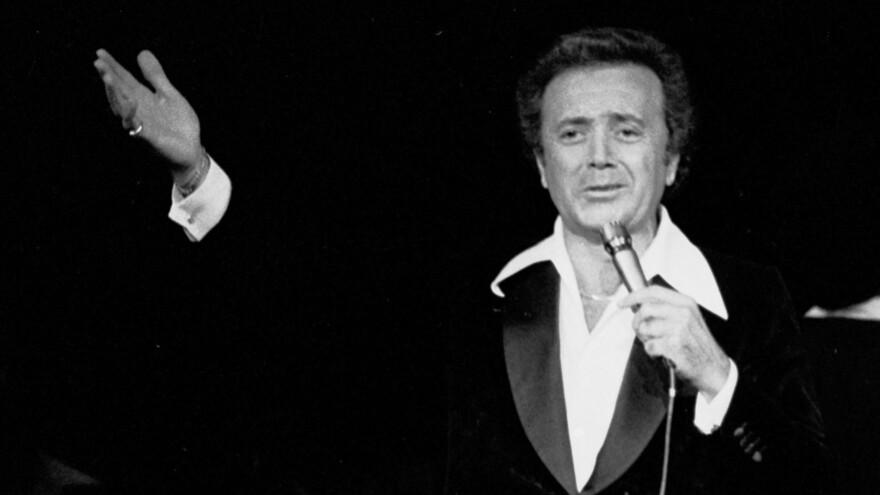 Vic Damone performs at Garden State Arts Center on August 29, 1979 in Holmdel, New Jersey.