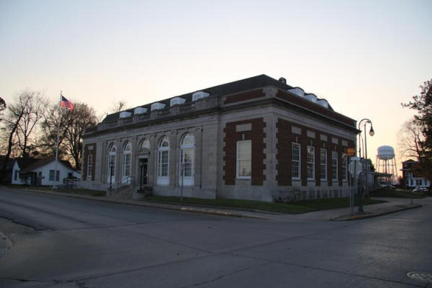The post office in Caruthersville, Missouri, the government seat of Pemiscot County, the poorest in Missouri.