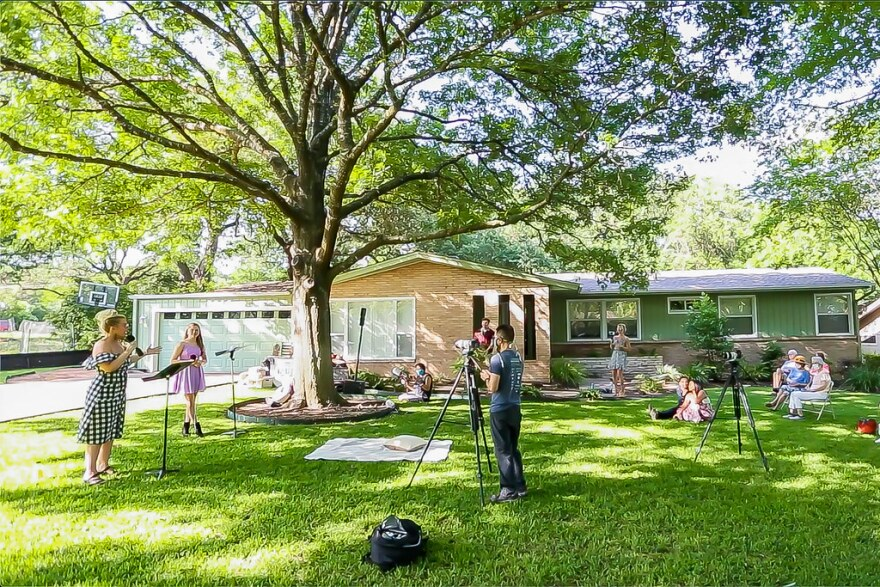 Singer Mela Sarajane Dailey hosts a free concert on the lawn of a Northwest Austin home on Saturday.