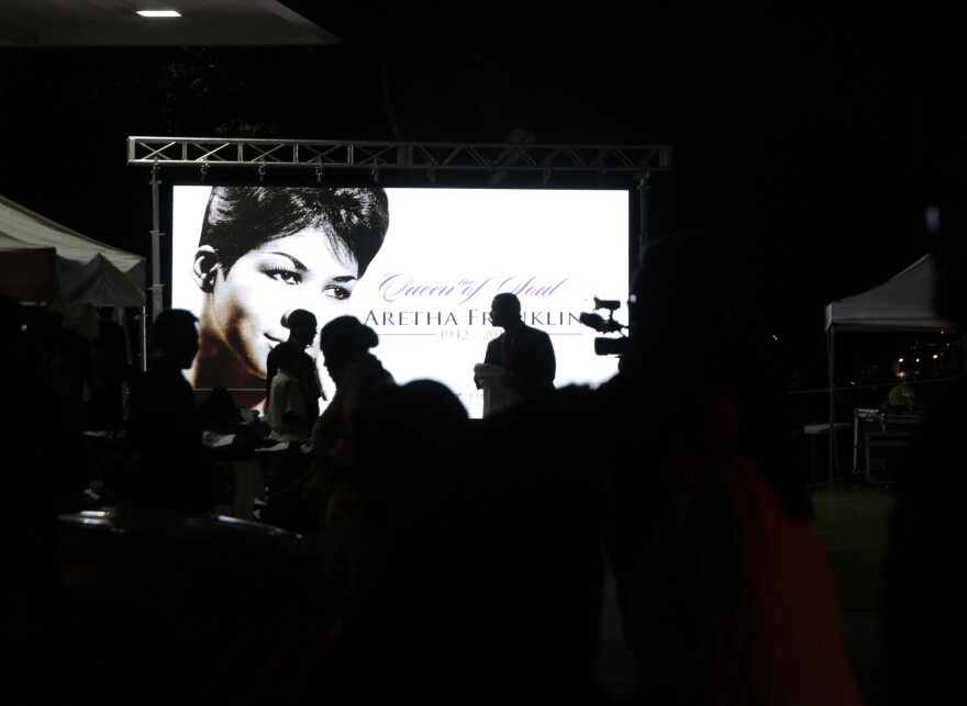 """People gathered throughout the night outside of the Greater Grace Temple ahead of the funeral for the """"Queen of Soul."""""""