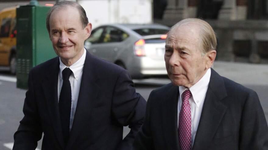 "Former AIG CEO Maurice ""Hank"" Greenberg (right) arrives at the insurance company's New York headquarters with his attorney David Boies in January 2013."
