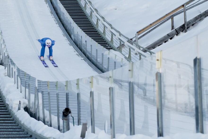 Photo of the ski jump.