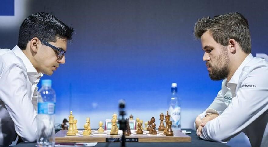 Grandmaster Magnus Carlsen playing grandmaster Anish Giri in the 2019 Croatia Grand Chess Tour.