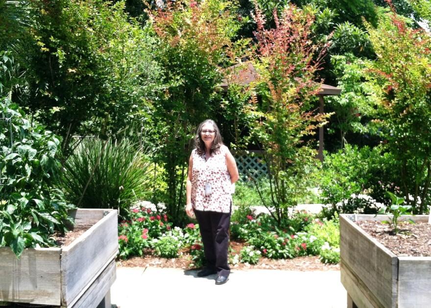 Honor_Center_garden_AliKarp.jpg