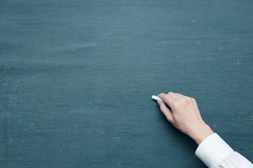 blackboard-chalk-chalk-board-625219.jpg