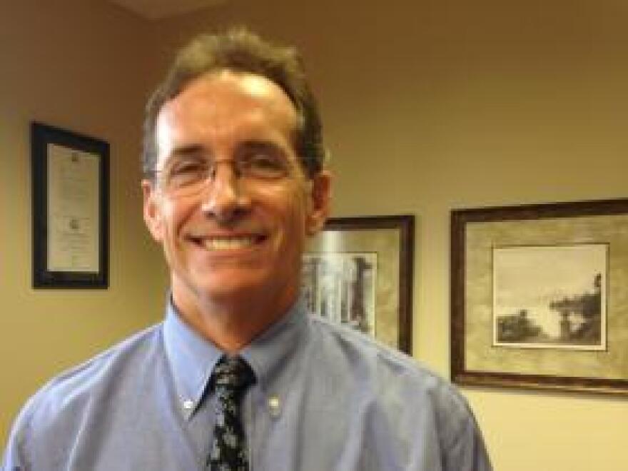Dr. Thomas Robison