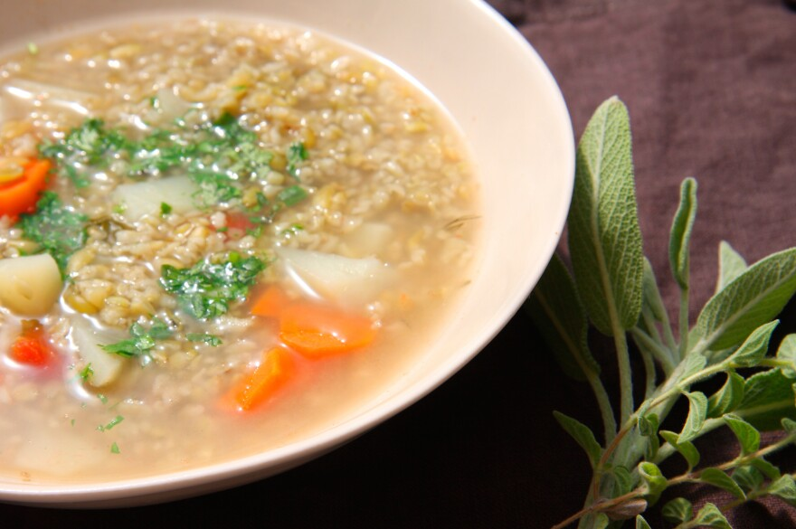 Traditionally, Palestinians have used freekeh to thicken soups eaten on Ramadan and as a stuffing for chickens.