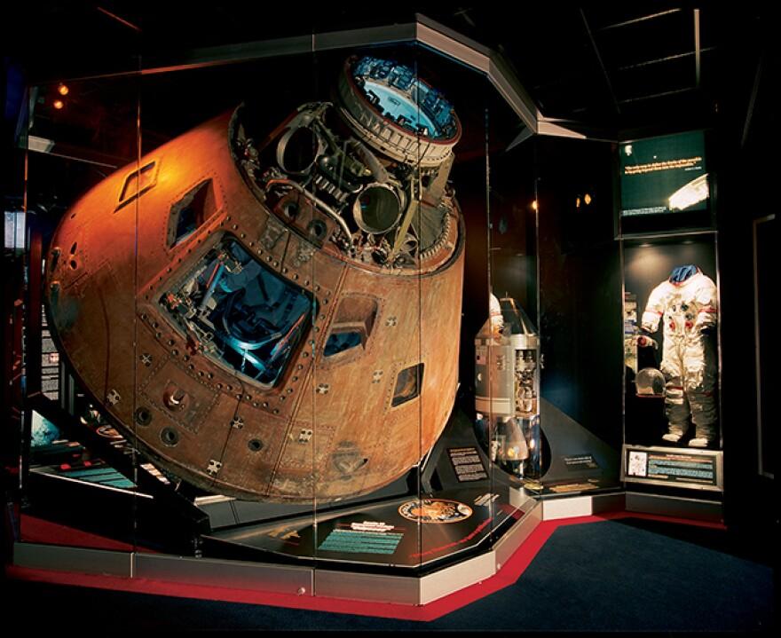 060220_Cosmosphere_Apollo13_Handout.jpg