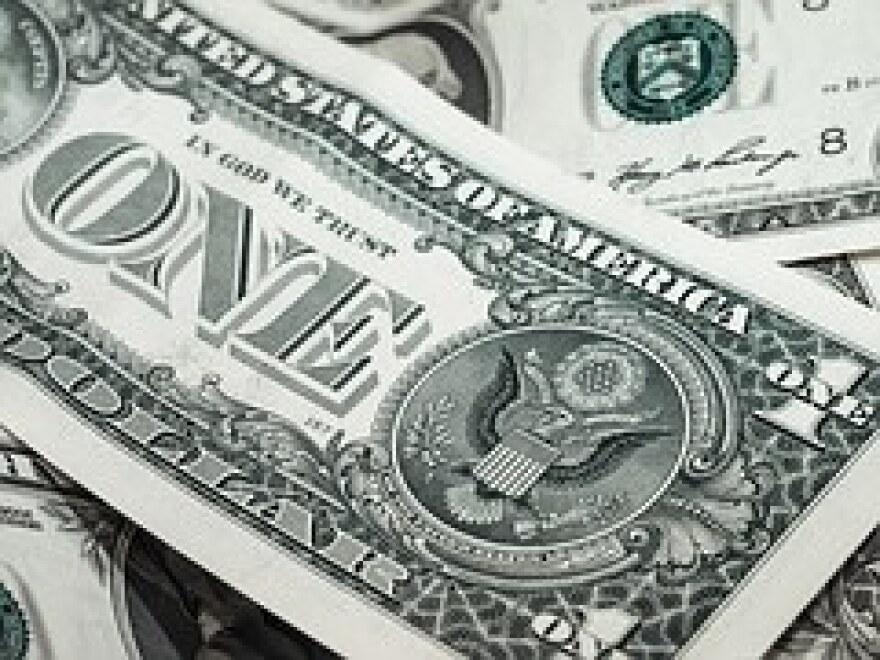 dollar-941246__180.jpg