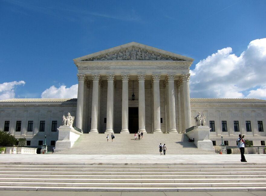 U.S._Supreme_Court_Building.JPG