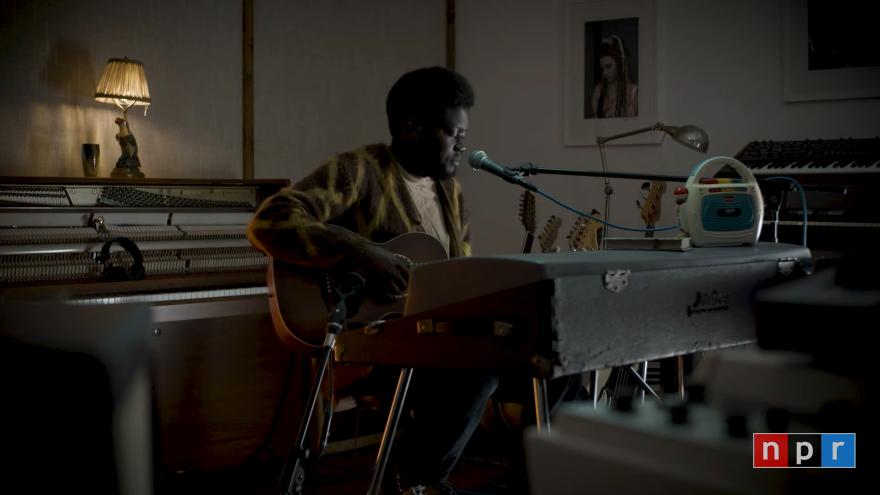 Michael Kiwanuka_ Tiny Desk (Home) Concert 2-14 screenshot.png