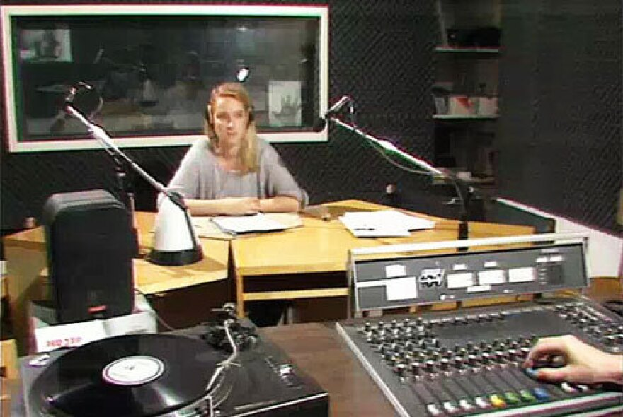 <em>Radio Glasnost</em> host Ilona Marenbach in West Berlin 1987. In the final years of the Cold War, the program received cassette recordings from dissidents in East Berlin and broadcast them back to the eastern part of the city.