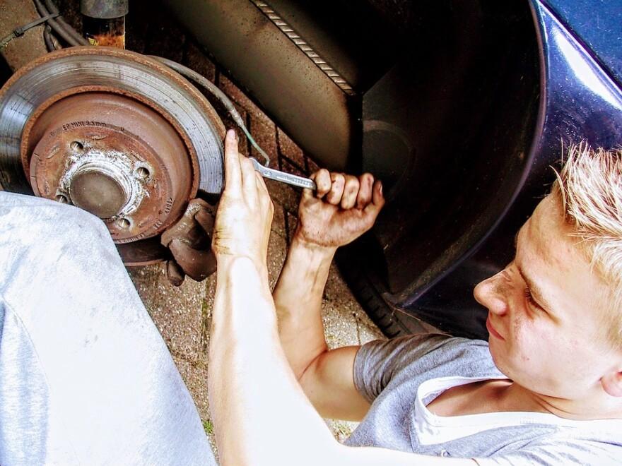 Car Repair Disk Brakes.jpg