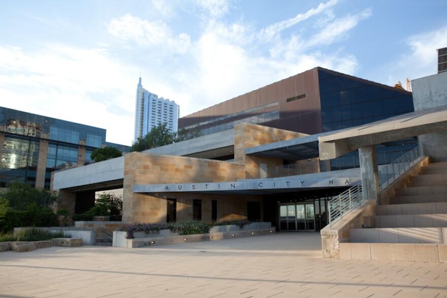 City Hall (Liang Shi) - 1.jpg
