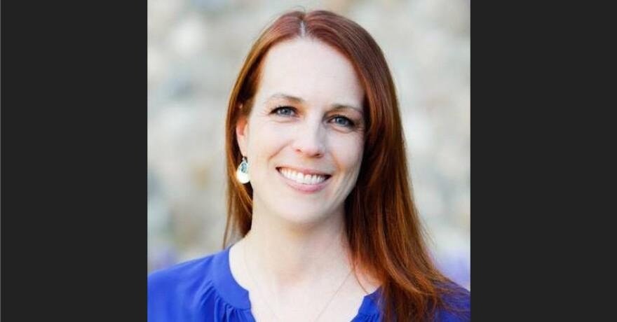 Jen Dailey-Provost headshot image.