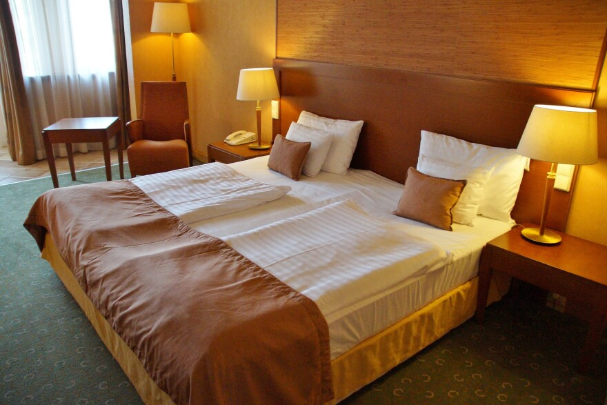 bed-976597_1920_0.jpg