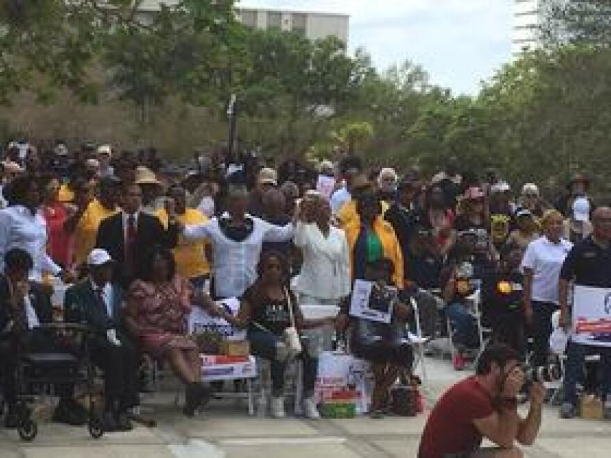 Rally for Ayala at the Capitol