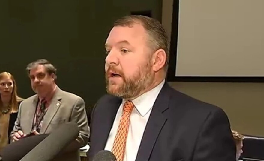 Sen. Ron Bradley speaks