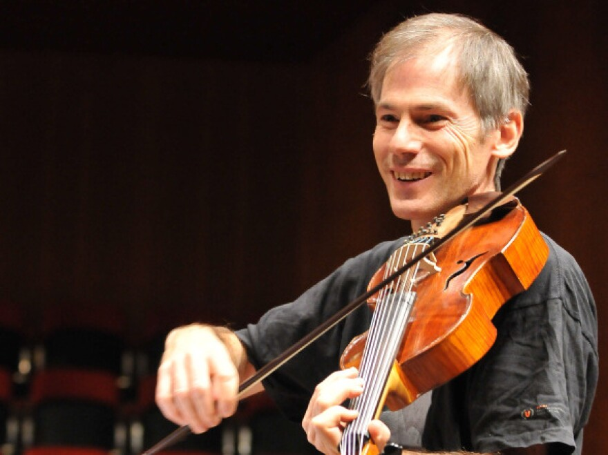On Garth Knox's new album, <em>Saltarello,</em> the adventurous violist creates surprising musical juxtapositions.