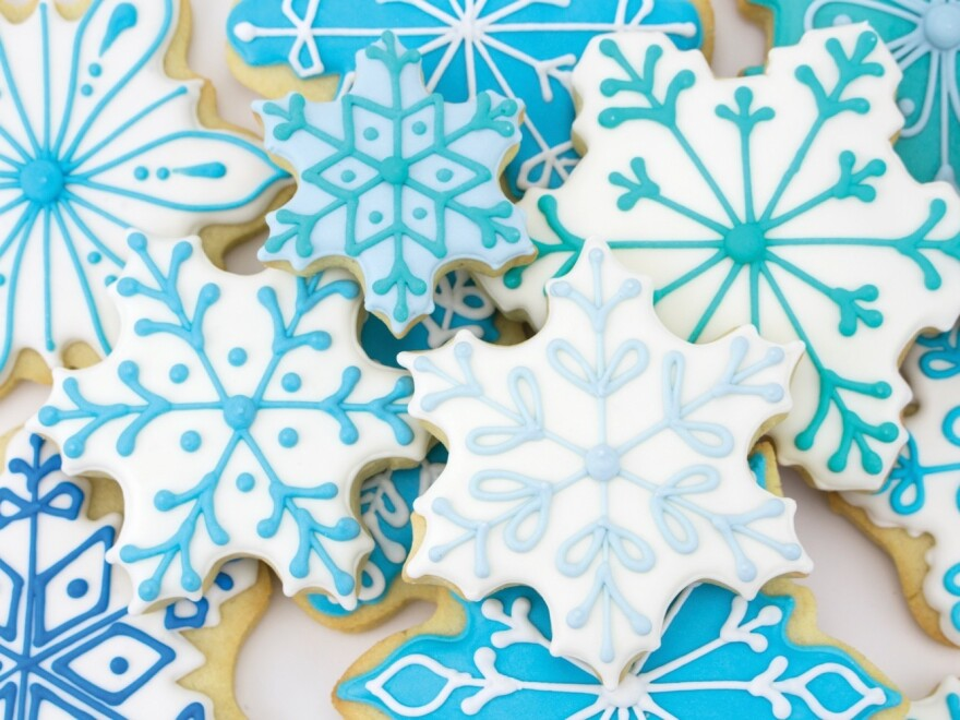 A growing number of creative bakers, known as cookiers, are taking the art of decorating cookies to a whole new level.