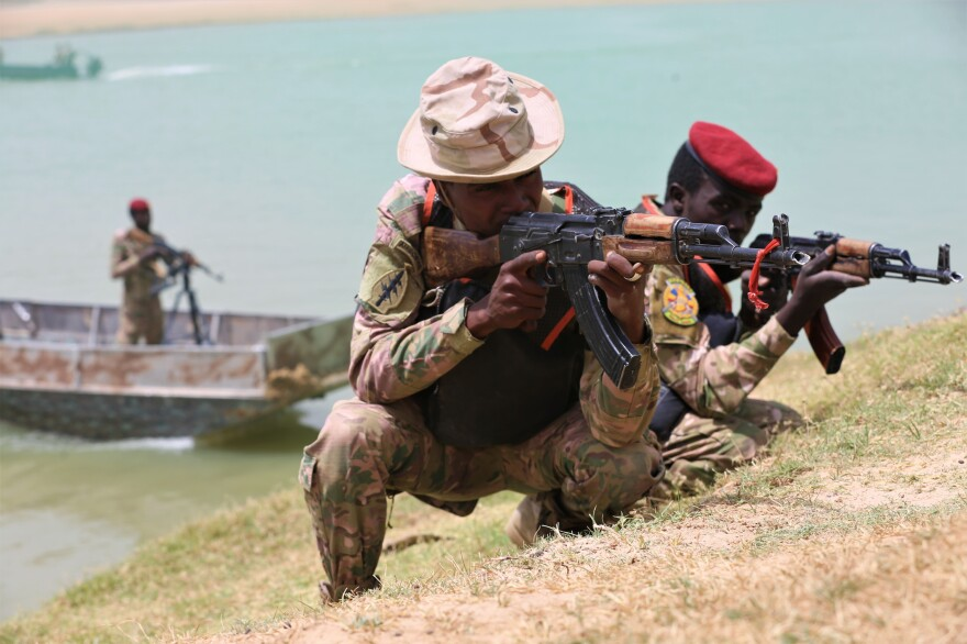 Chadian Soldiers conduct a beach infiltration training exercise as part of Flintlock 17 March 8 in N'Djamena, Chad.