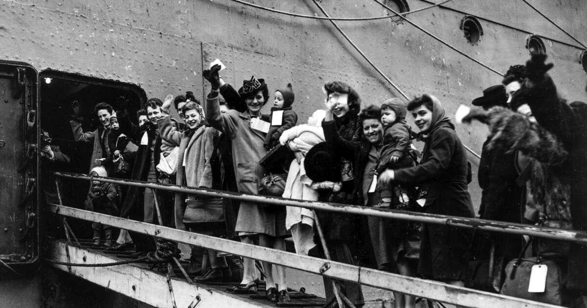 How Transatlantic Ocean Liners Ferried Women Into The Workforce
