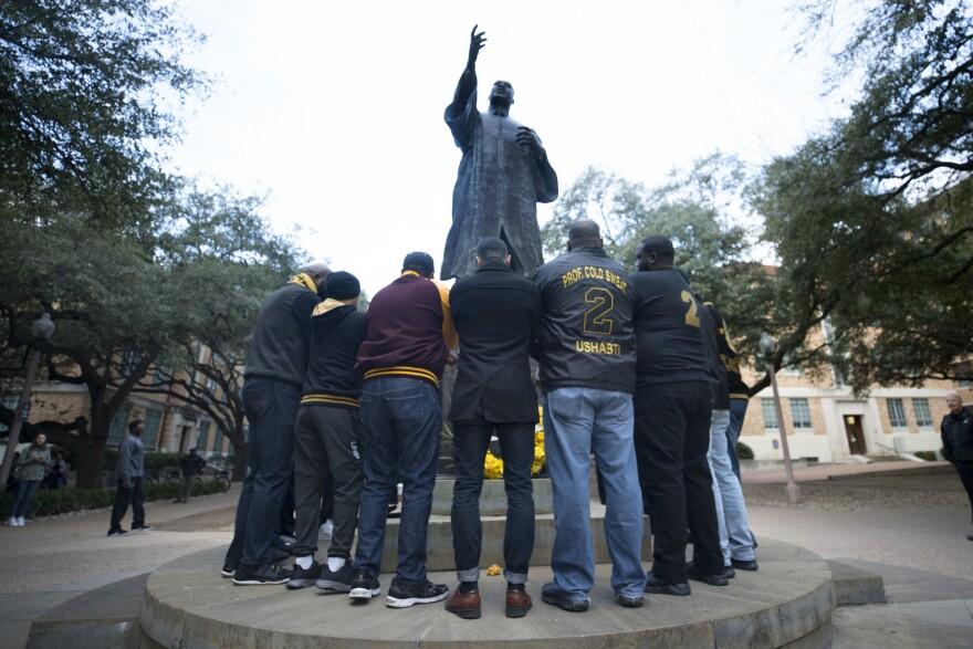 MLK_statue.jpg