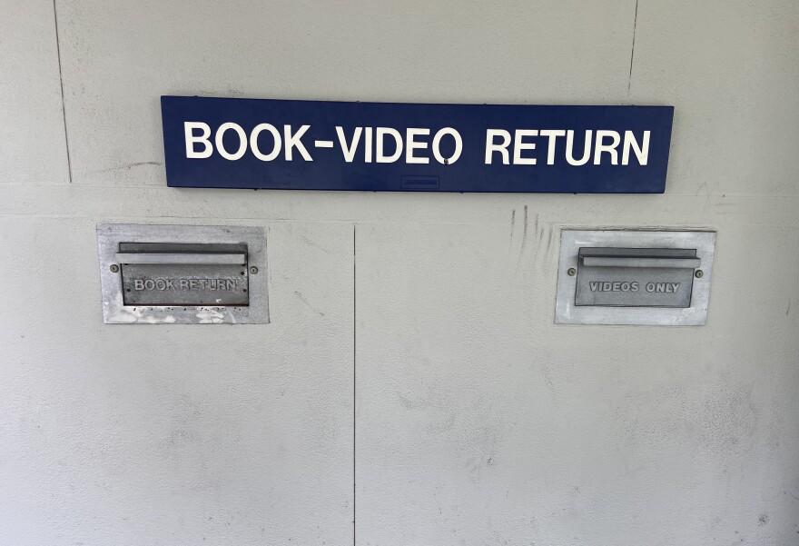 book_return.jpg