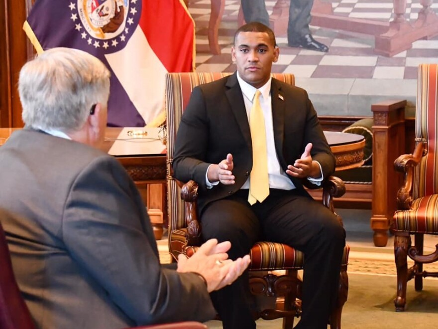 06172020_Justice Horn meets with Gov. Parson at the capitol building_Facebook.jpg