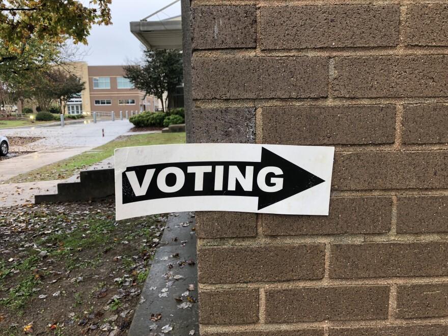 voting_coledelcharco.jpg