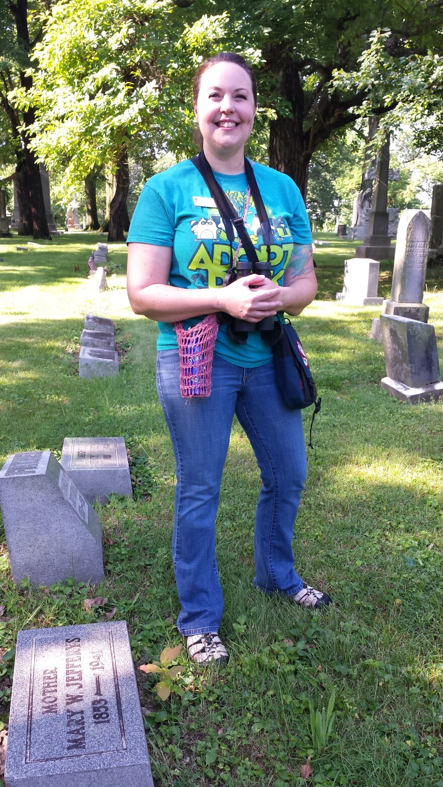 Amanda Lawson is a certified Ohio volunteer naturalist who leads birdwatching tours of Woodland Cemetery