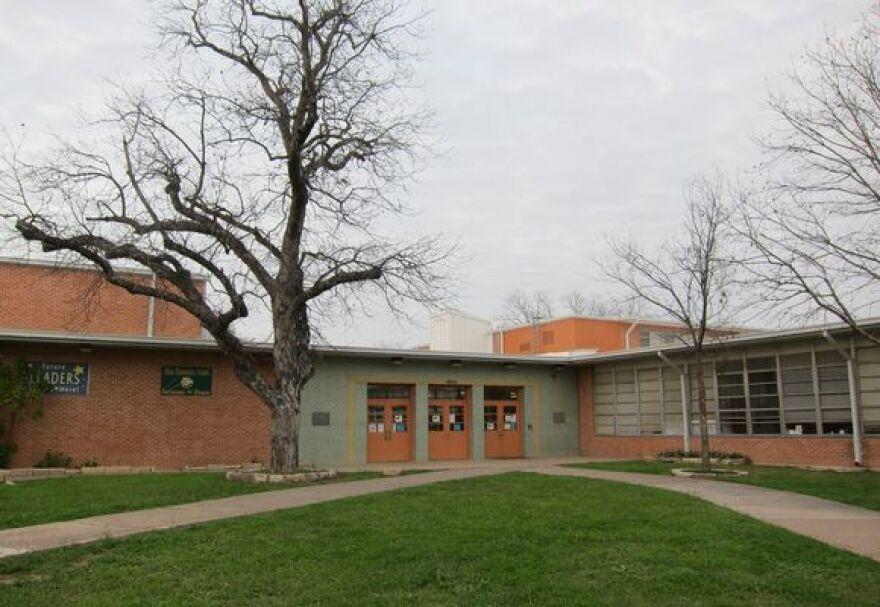 Allan Elementary School by Nathan Bernier.jpg