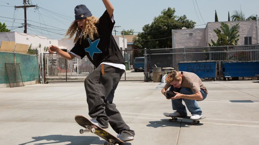 Olan Prenatt and Ryder McLaughlin are skateboarders in <em>Mid90s</em>, actor Jonah Hill's directorial debut.