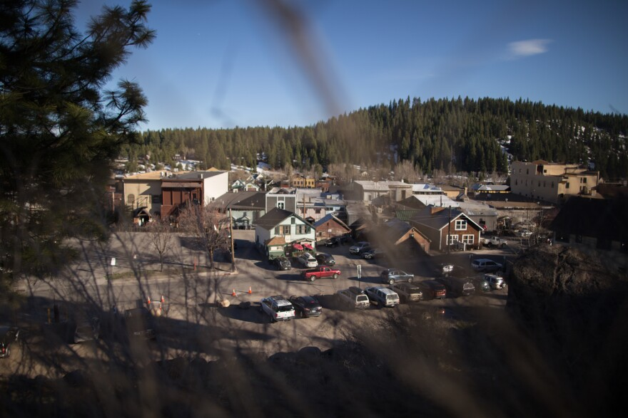 Truckee, a mountain town near Lake Tahoe, sits in a fire-prone area surrounded by trees.