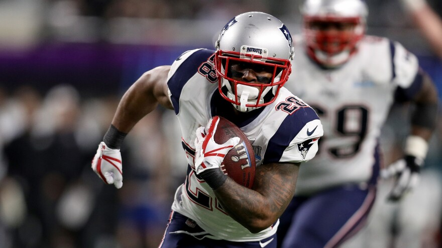 James White of the New England Patriots sprints to paydirt for a 26-yard score against the Philadelphia Eagles in the second quarter.