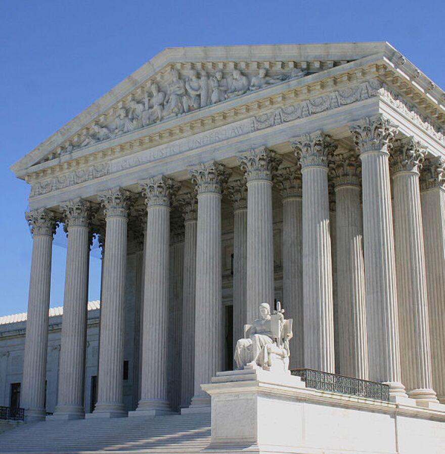 US_Supreme_Court_DC.jpg