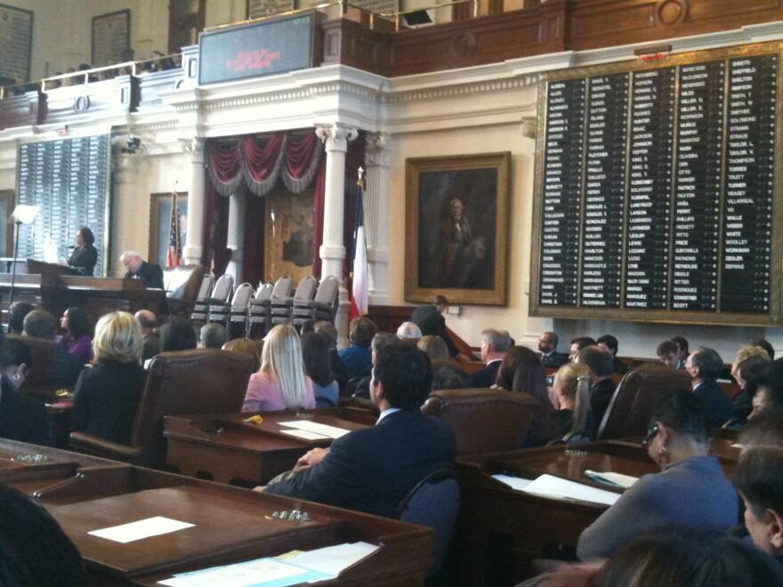 Legislature_2011_Open.JPG