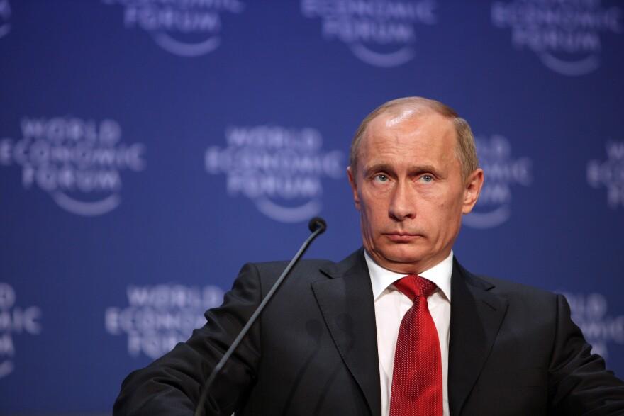 Vladimir_Putin_20090128_2.jpg