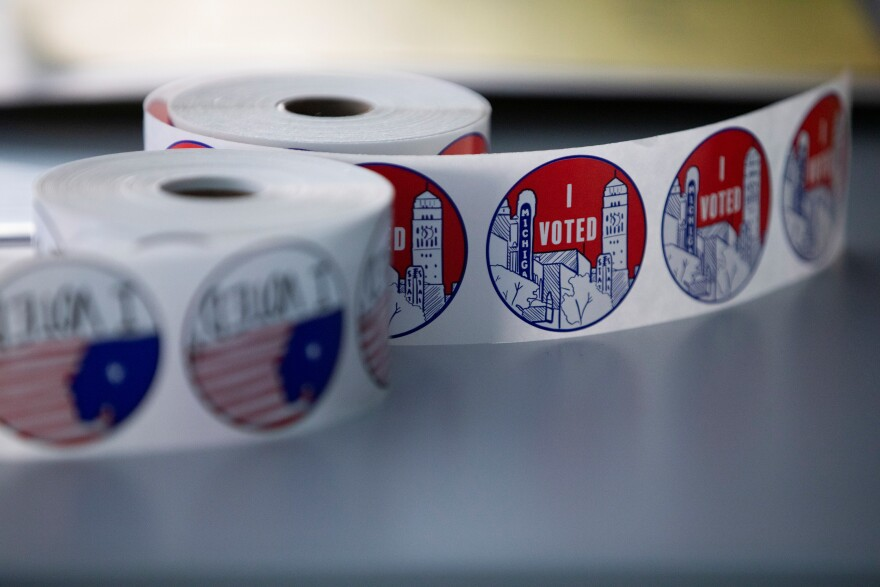 Early voting begins in Michigan
