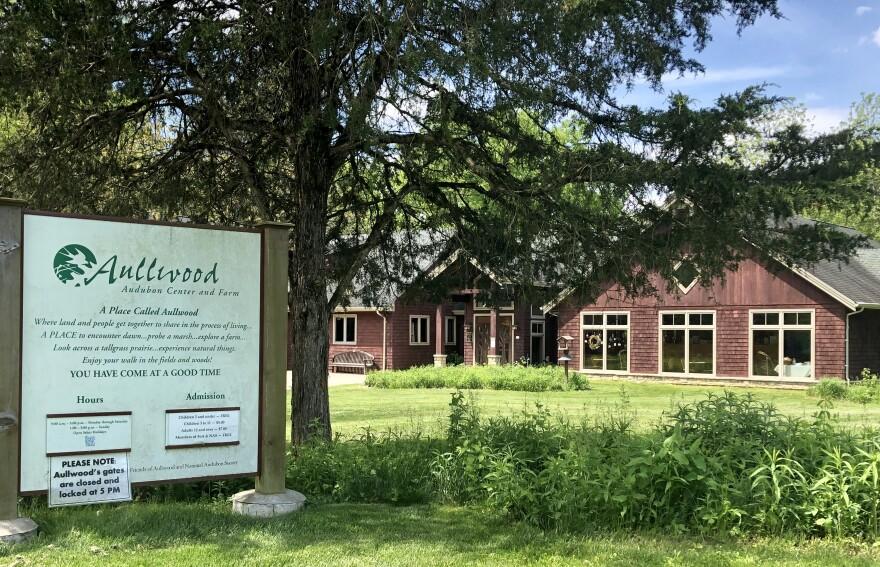 Aullwood Audubon Center and Farm.