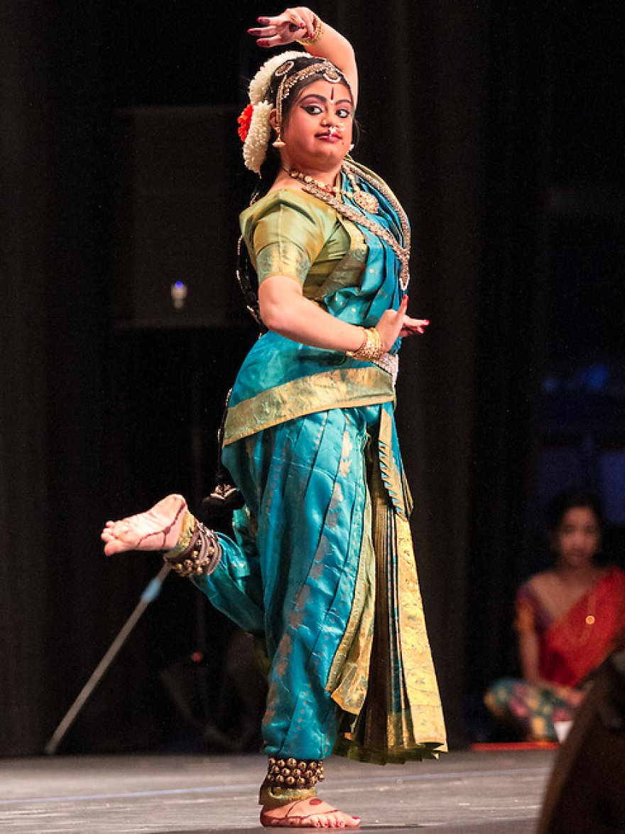 Hema Ramaswamy performs her <em>arangetram,</em> the public presentation of <em>bharata natyam.</em>