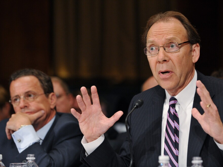 Sprint CEO Daniel Hesse (right) testifies against the proposed AT&T merger with T-Mobile USA last month at a Senate Judiciary Committee hearing as T-Mobile USA President and CEO Philipp Humm looks on.