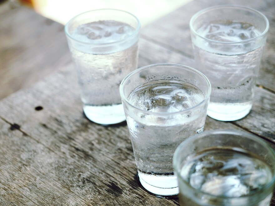The old advice seems to hold true: Drinking lots of water helps prevent urinary tract infections.