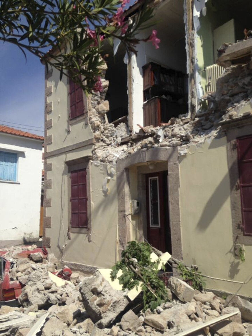 Damage to a building caused by an earthquake on Monday in the village of Vrissa in Lesbos.