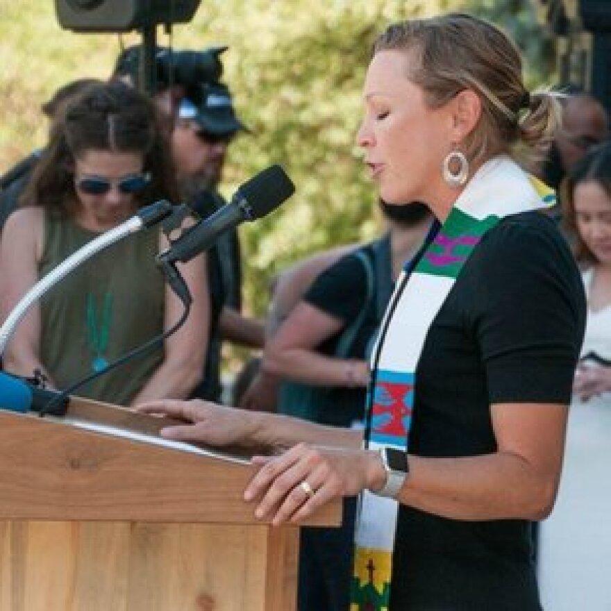 Rev. Amanda Henderson